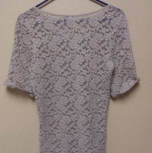 BKE Tops - BKE Boutique Large Lace Top